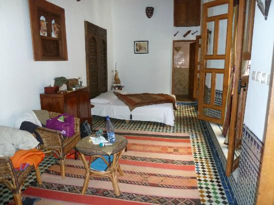 Riad La Cle de Fes: Our bedroom..no it is not the souk!!!