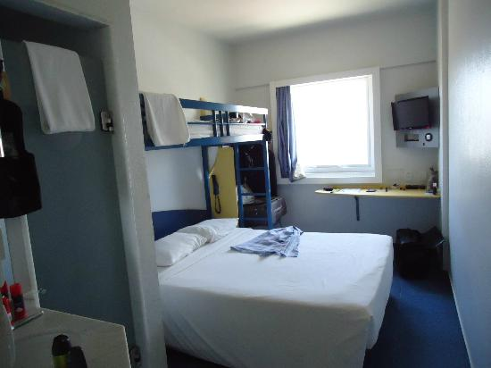 Formula1 bel m quarto picture of ibis budget belem for Booking formule 1 hotel