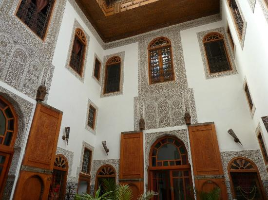 Riad La Cle de Fes: The courtyard