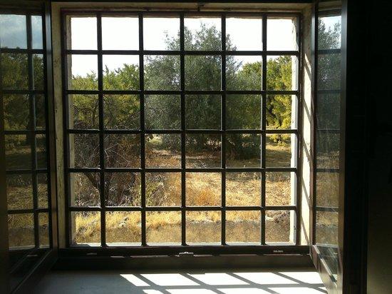 Villa Rosaria: la finestra della camera