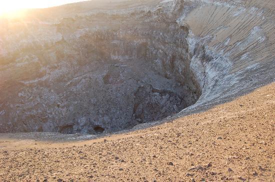 Ol Doinyo Lengai: Cráter