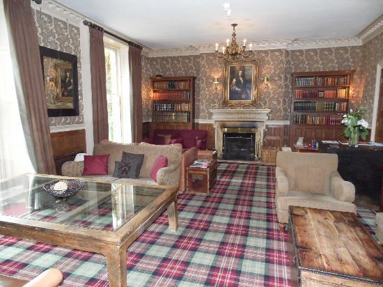 New Park Manor: Rufus lounge