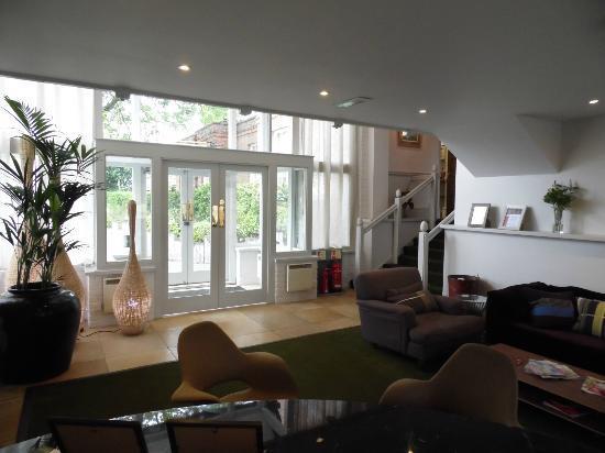 New Park Manor: Reception
