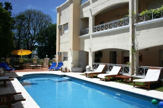 Solares Del Alto Hotel: Piscina climatizada descubierta