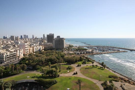 Hilton Tel Aviv: View looking south from our room