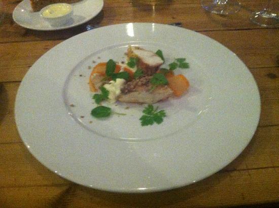 Hanne pa Hoyden : smoked monkfish