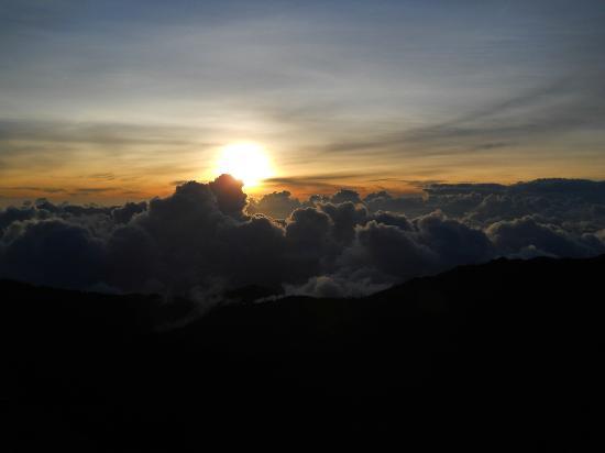 Province of San Jose, Costa Rica: Un atardecer desde los CRESTONES