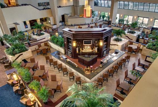 Bar picture of embassy suites by hilton west palm beach central west palm beach tripadvisor for Embassy suites palm beach gardens fl