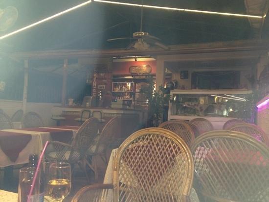 Temsi Restaurant: temsis bar