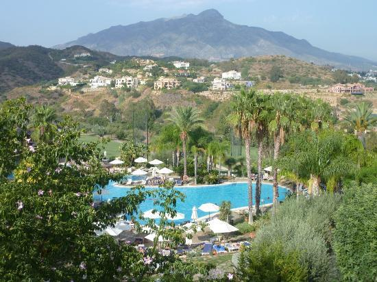 The Westin La Quinta Golf Resort & Spa: Room with Pool View - Mountain Backdrop