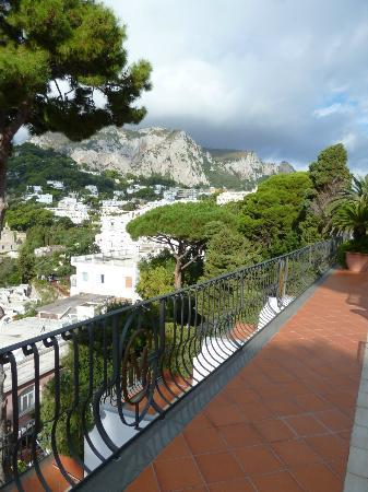 Casa Morgano: Balcony Off The Lobby...Nice View