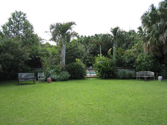 Granaway Guest House & Cottages: Garden