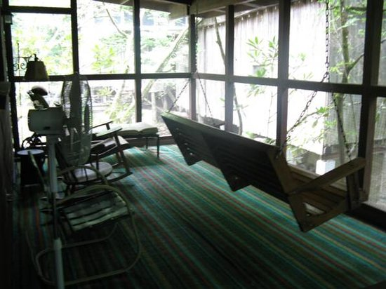 Ely's Mill : creekside cabin porch