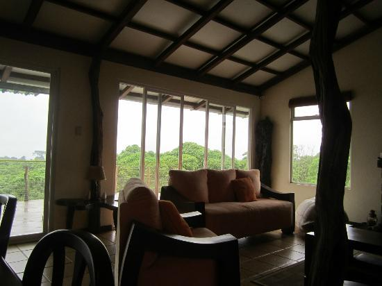 Semilla Verde Lodge & Spa: Living room cozy and comfortable