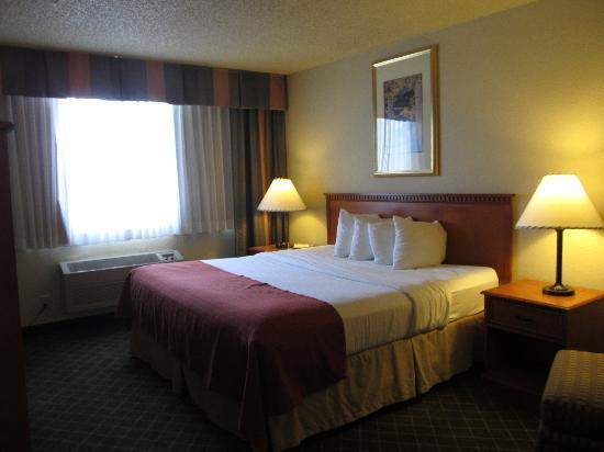 Rocky Mountain Park Inn: bedroom
