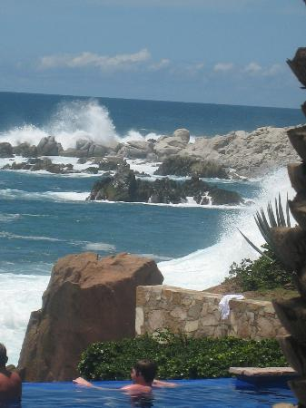 Esperanza - An Auberge Resort: surf is up