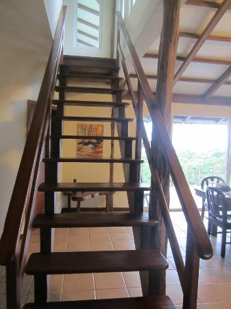 Semilla Verde Boutique Hotel: Stairs up to the second floor of guest house