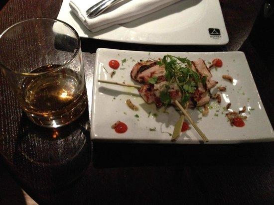 DSTRKT Restaurant and Bar: Grilled Chicken Starter