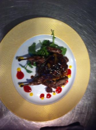 l'etoile : quail with jack Daniels mango glaze