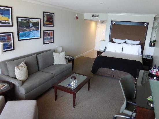 Malibu Beach Inn: 部屋