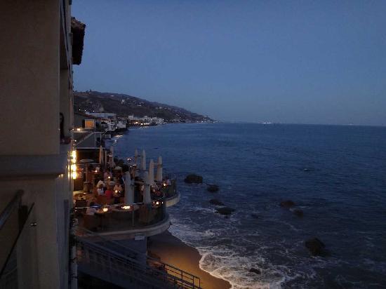 Malibu Beach Inn: レストラン