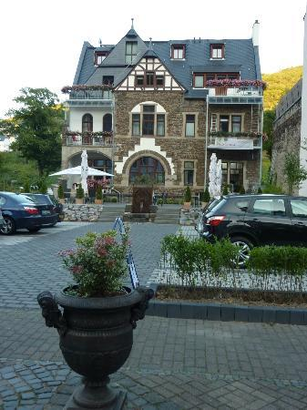 Hotel Villa Vinum Cochem : View from back of hotel