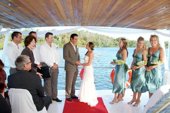 Catalina Cruises Noosa: Wedding aboard M.V.CATALINA