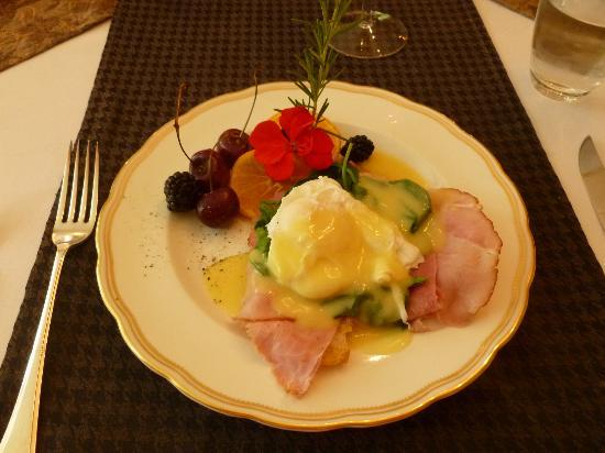 ThistleDown House: Liz's Superb Breakfast