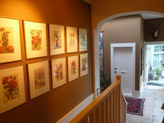 ThistleDown House: Hallway To Heaven!