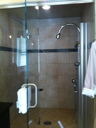 The Inn at Hermannhof: steam shower