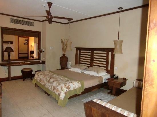 Heritage Awali Golf & Spa Resort : Our room!