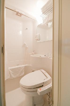 Super Hotel Kochi: バスルーム