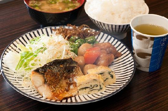 Super Hotel Kochi: 健康朝食例