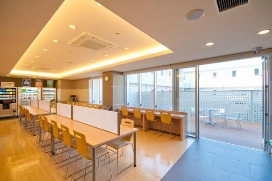 Super Hotel Nara Yamatokoriyama: 朝食コーナー