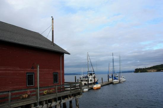 Lovejoy Inn on Whidbey Island: Dock