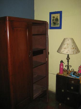 Casona Colonial Guesthouse : Nice storage space