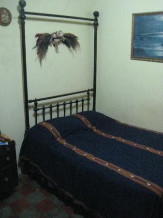 Casona Colonial Guesthouse : Nice, clean bed