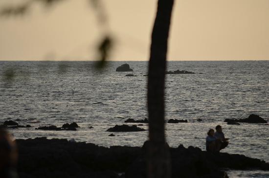 Lava Lava Beach Club: Sunset