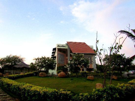 Sparsa Resort: RESORT VIEW