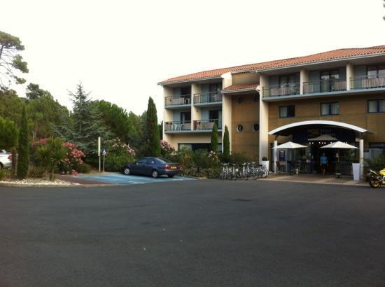 Hotel les bains d'Arguin : entrée de l'hôtel