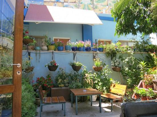 Port Inn: Garden view 2