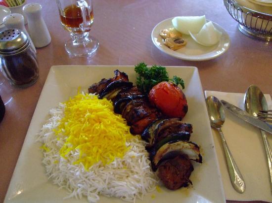 Darya Restaurant Santa Monica: il mio piatto unico - il the e' free refill