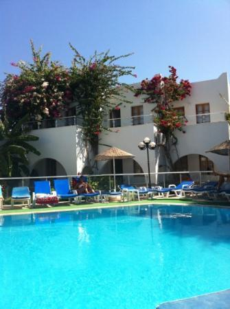 Filis Otel: from pool up to balconys