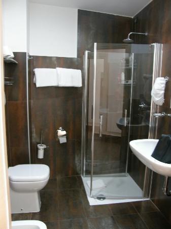 Hotel Milano Navigli: Badroom