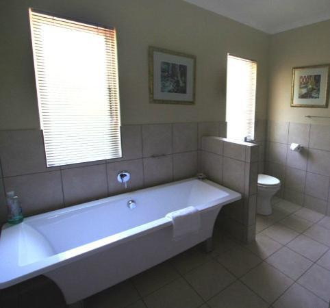 Westville Bed & Breakfast: Rivera Bathroom