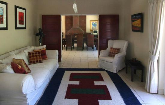 Westville Bed & Breakfast: Lounge/ Dining area - 9 Haven Road