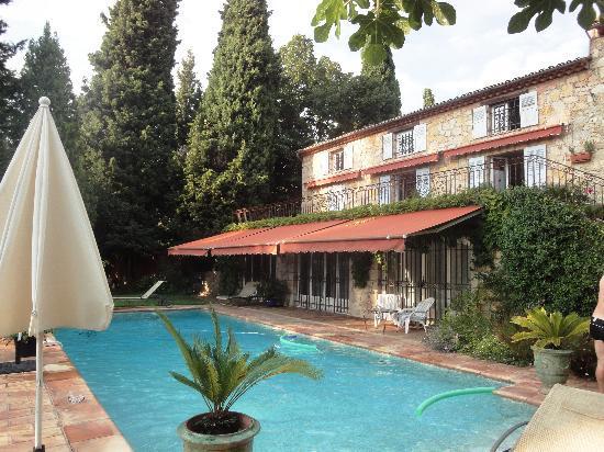 Chambres d'hotes Il Monticello : Avec la piscine