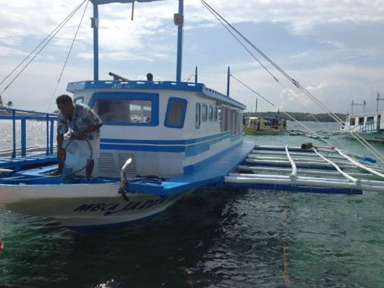 Fridays Boracay Resort: boat transfer