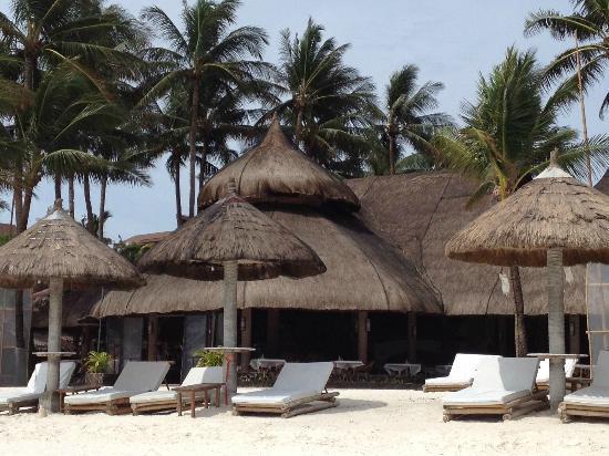 Friday's Boracay: hotel restaurant