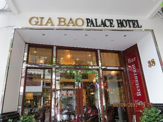 Gia Bao Palace Hotel: External view